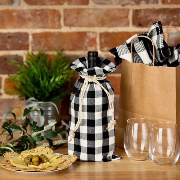 Other - wine bag • buffalo plaid • black/white